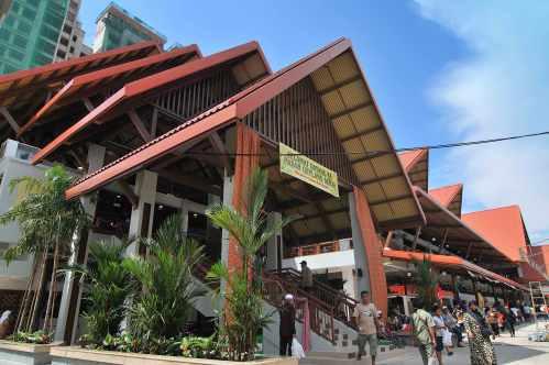 Singapore Geylang Serai Hawker Food Centre Sampling Tasting Tour