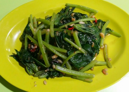Singapore Foodsters Hawker Centre Food Tasting Sampling Tours Stir Fried Sweet Potato Leaves