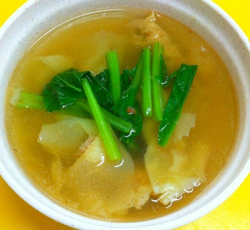 Singapore Foodsters Food Tasting Sampling & Neighbourhood Walking Tour - Wanton Soup
